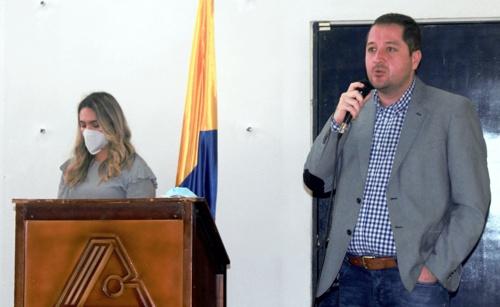 Carlos Manuel Ochoa Vidal, jefe Departamento Norte del Cauca de Comfacauca